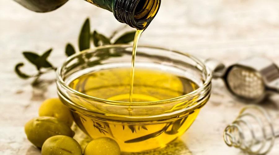 Annusare olio oliva